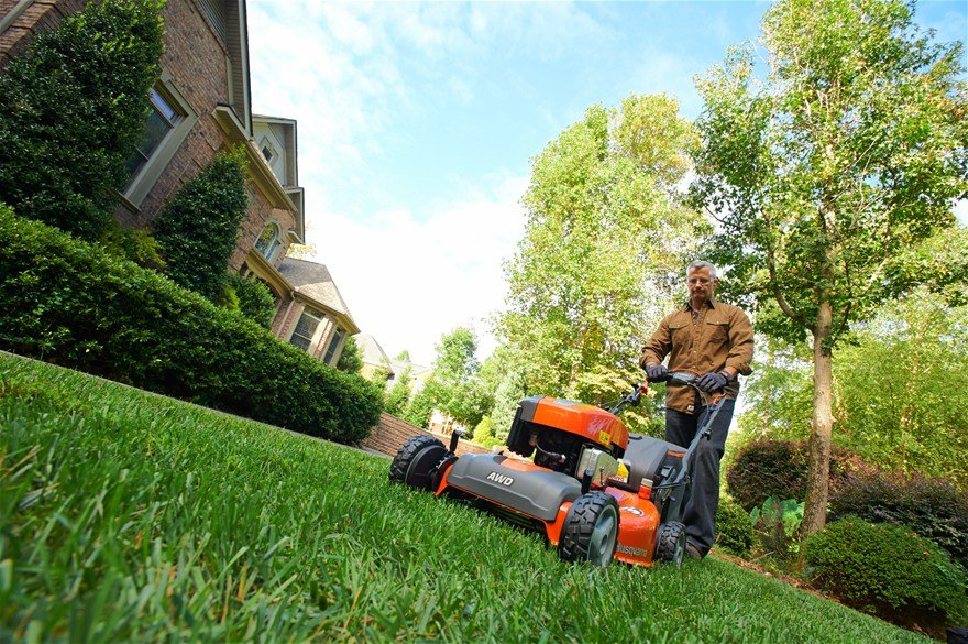The Best Lawnmowers & Reviews 2015