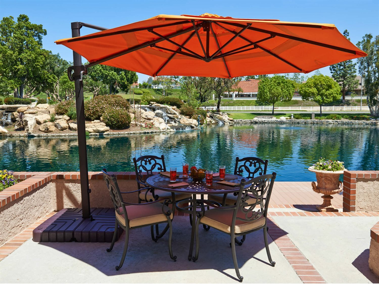 The 5 Best Patio Umbrellas 2020