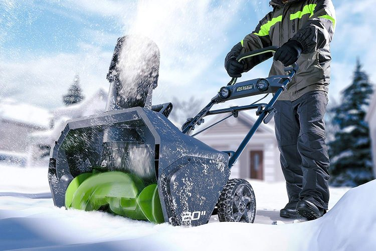 Greenworks PRO 20-Inch 80V Cordless Snow Thrower In Action